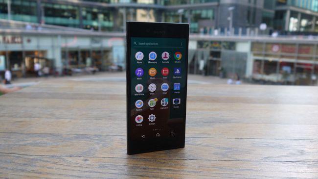 Экран Sony Xperia XZ и внешний вид