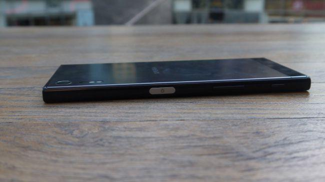 Сканер отпечатка пальца Sony Xperia XZ