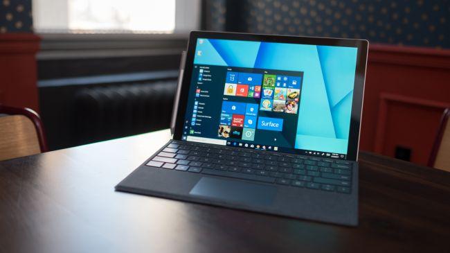 Лучший настольный ноутбук-планшет: Surface Pro