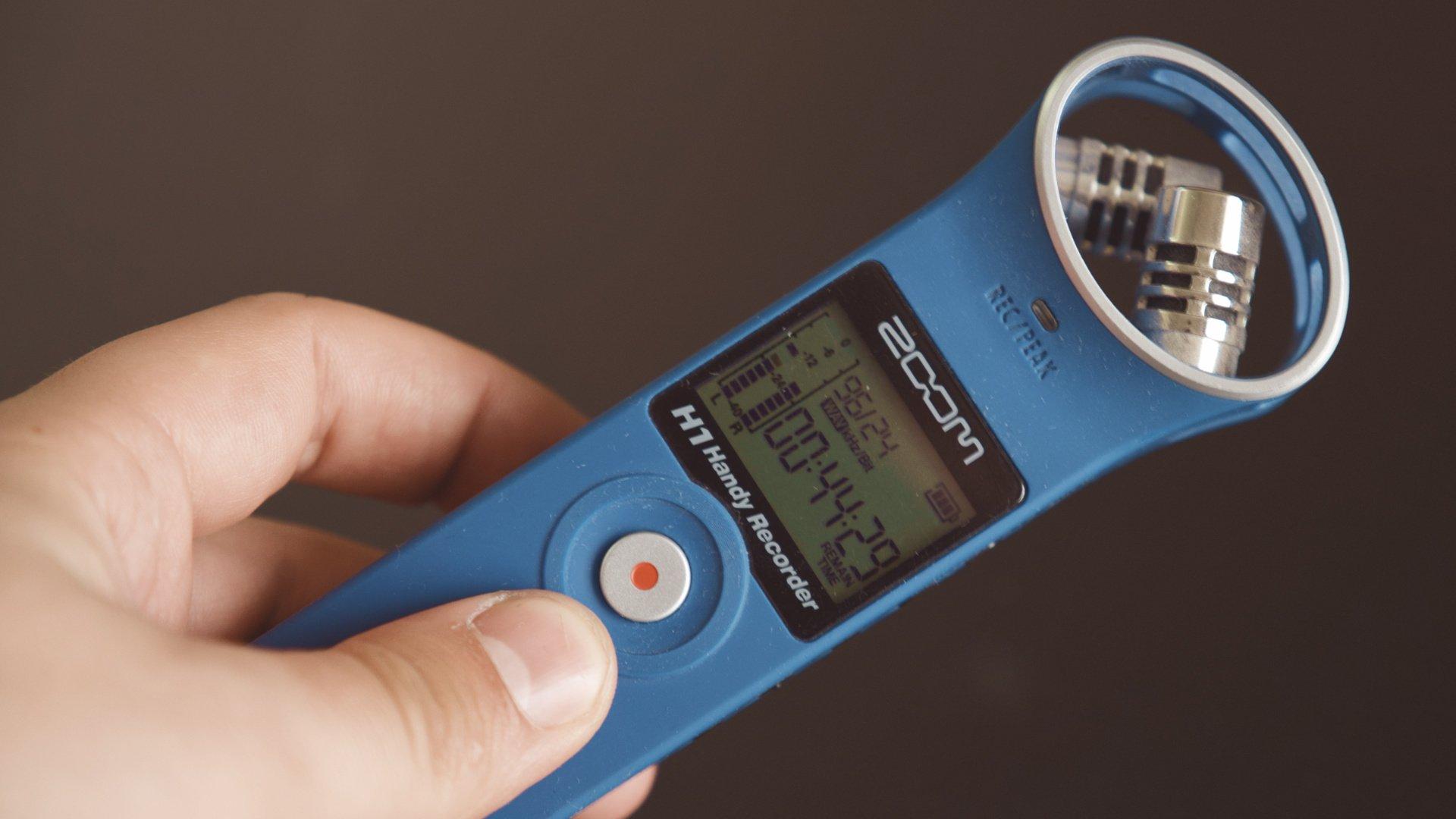 кнопка записи диктофон Zoom h1 blue
