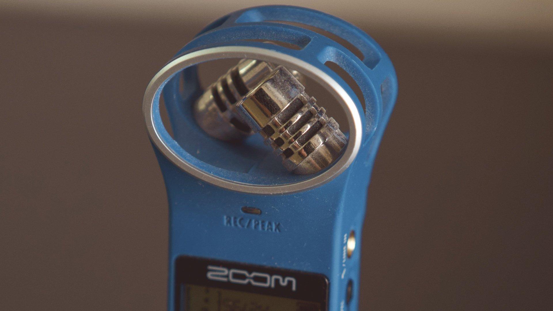 встроенный стерео микрофон Zoom H1