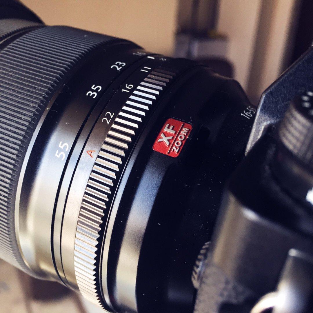 премиум линейка объективов Red Badge 16-55мм Fujifilm f2.8 LM R WR