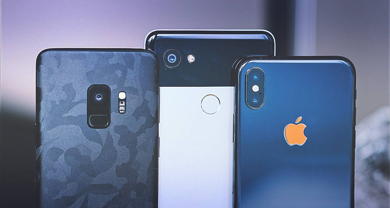 Google-Pixel-3-XL-Samsung-Galaxy-S9-plus-i-iPhone-XS-Max